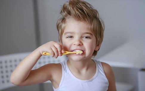Eén op de vijf kinderen in de grote steden en in Friesland gaat niet naar de tandarts